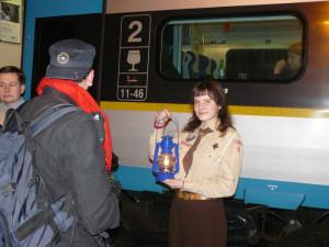 PŘEHLED: Betlémské světlo dorazí do Prahy 21. prosince. Podívejte se, kde ho seženete