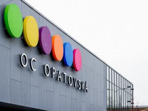 Nové nákupní centrum OC Opatovská dnes otevřelo pět obchodních jednotek. Mezi nimi i nový Lidl
