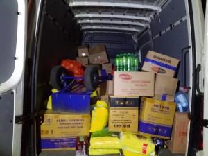 Policie zadržela auto s půl tunou rozmražených potravin