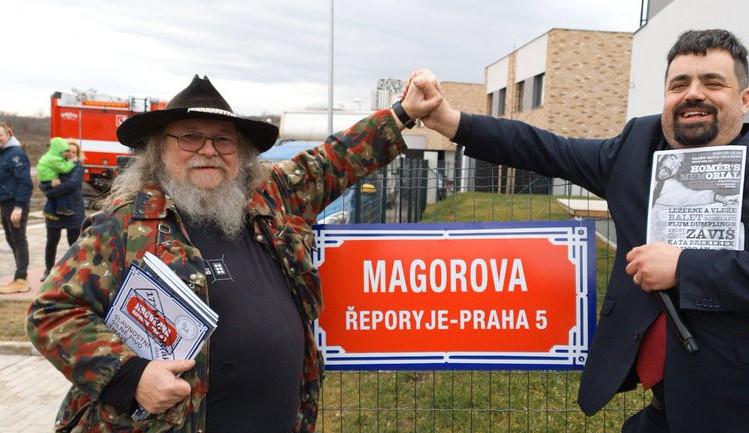 Magor má v pražské části Řeporyje svou ulici. Happeningu se zúčastnila přibližně stovka lidí