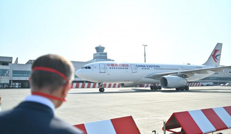 Do Prahy přiletí dvě letadla se zdravotnickým materiálem z Číny
