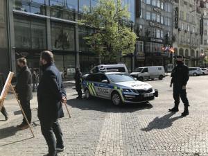 FOTO, VIDEO: Slavnostní zahájení rekonstrukce Václaváku dnes rozháněli policisté