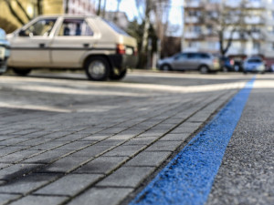 Řidiči, nezapomeňte. Od pondělí opět platí zóny placeného parkování v Praze