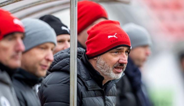 Čeká nás v podstatě nová soutěž, říká před dnešním restartem ligy kouč Slavie Trpišovský