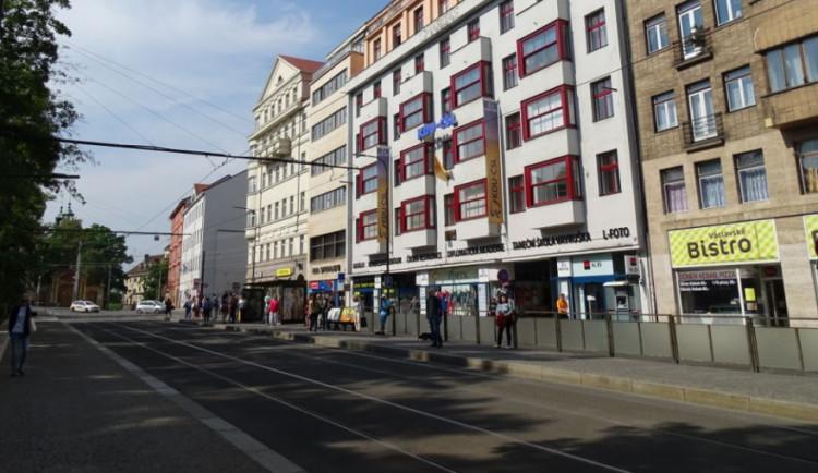 Na Karlově náměstí proběhne průzkum protileteckého krytu. Možná v něm budou zásoby vody