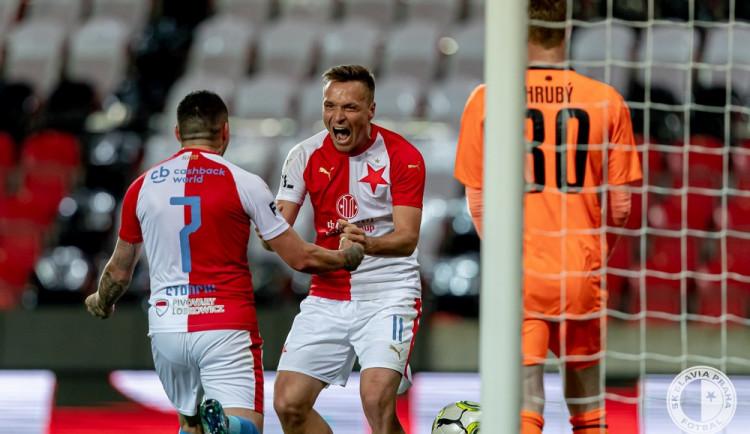 Dvě penalty a gólová kanonáda. Slavia rozdrtila Jablonec 5:0