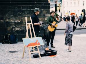 Akce Praha žije hudbou rozezní na konci června ulice a náměstí