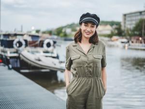 Moje vysněná role je žena, která bojuje s rakovinou, říká herečka Karolína Krézlová