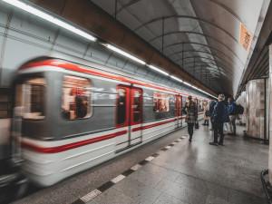 Praha dá dopravnímu podniku sedm milionů korun na rampy na nástupiště v metru