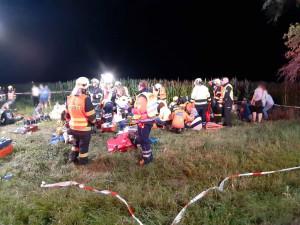 Mezi Prahou a Kolínem se srazily dva vlaky. Desítky zraněných, strojvedoucí zahynul