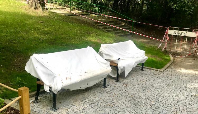 Rekonstrukce parku Santoška vrcholí. První návštěvníky přivítá už toto léto
