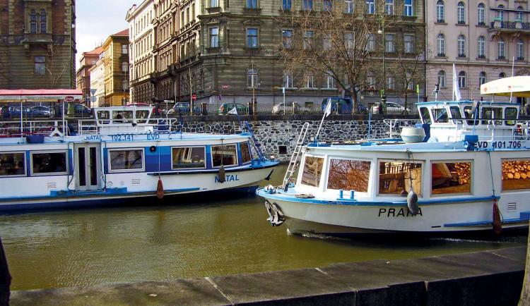 Na Vltavě má vzniknout nová plavební komora. Praha 5 je proti