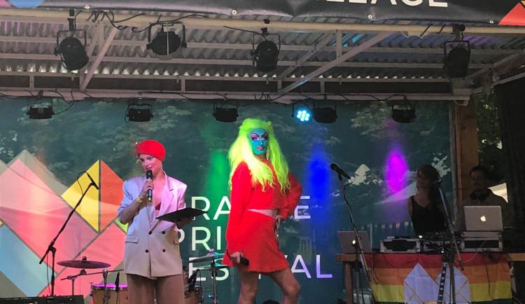 FOTO, VIDEO: V Praze začal festival Prague Pride. Podívejte se na slavnostní zahájení