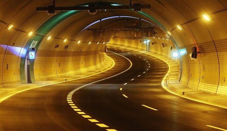 Kvůli pravidelné údržbě se uzavře Brusnický a Dejvický tunel