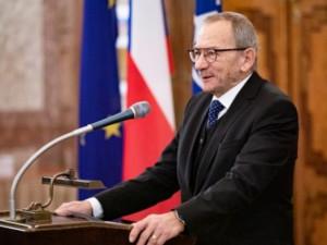 Vdova po zesnulém Jaroslavu Kuberovi odmítla převzít od prezidenta státní vyznamenání