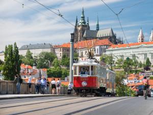 Sobotní Pražský den železnice nabídne jízdu karosou nebo historickou tramvají