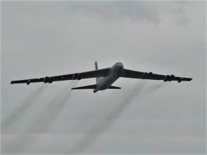 Nad Prahou přeletí americký bombardér B-52. Prý poletí velmi nízko
