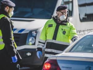 Při tragické nehodě na Pražském okruhu dnes odpoledne zemřel člověk