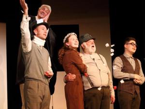 TÝDEN V PRAZE: Koncert na lodi, premiéra hry o Karlu Čapkovi či Deskohraní v Kasárnách Karlín