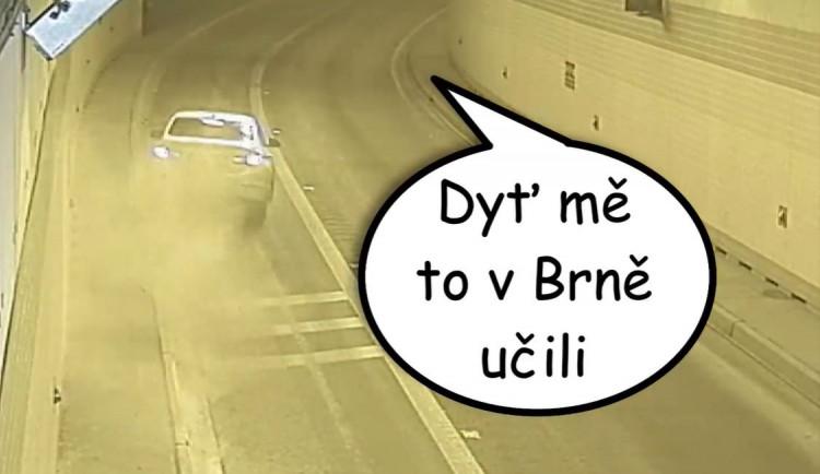 VIDEO: Podívejte se na kompilaci nejkurióznějších situací v tunelu Blanka