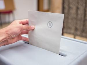Praha zveřejnila telefonní čísla pro hlasování v senátních volbách. Lidé budou moct volit z domu do přenosné schránky