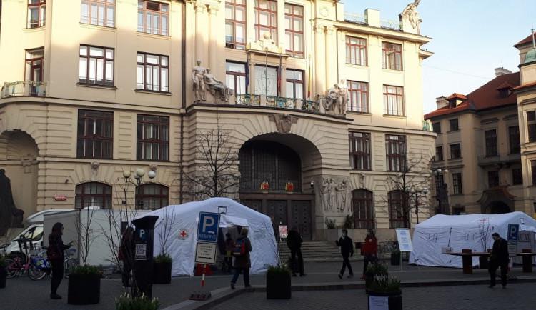 Kurz Českého červeného kříže Pomáháme pečovat má za cíl vyškolit dobrovolné zdravotníky
