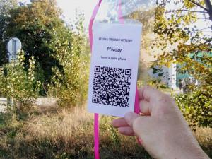 Trojskou kotlinu si budete moct projít s chytrým telefonem. Těšit se můžete na čtyřicet cedulek s QR kódy
