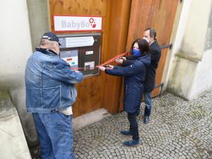 Praha má čtvrtý babybox. Byl zprovozněn na Libeňském zámku