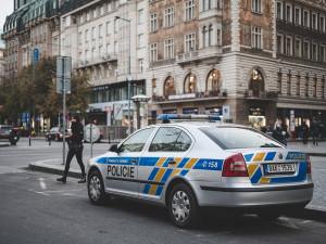Praha po útocích ve Vídni zvýšila bezpečnostní opatření v MHD a u židovských památek