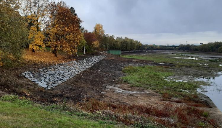 FOTO: Retenční nádrž Jiviny se poprvé od svého vzniku dočkala obnovy. Ta stála 21 milionů