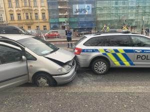 FOTO, VIDEO: Střelba v Praze. Policisté včera stříleli po ujíždějícím autě