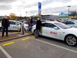 E.ON instaloval do své sítě v Česku stou veřejnou dobíječku pro elektromobily