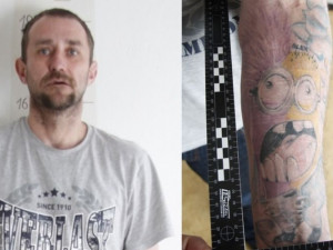 Policisté pátrají po zloději s mimoněm. Je třiadvacetkrát odsouzený a utíká před vězením