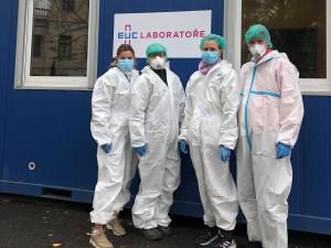V Praze 11 otevřeli již druhé odběrové místo na koronavirus. Nachází se u Polikliniky Šustova