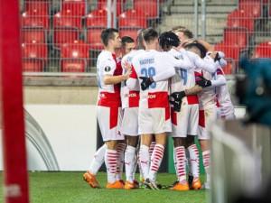 Slavia postupuje do vyřazovací fáze Evropské ligy! Pražané porazili Beer Ševu 3:0