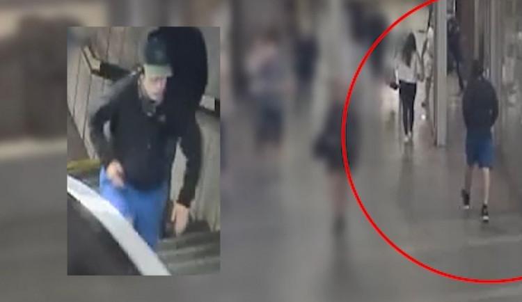 VIDEO: Znásilnění v pražském metru. Muži hrozí pět let ve vězení