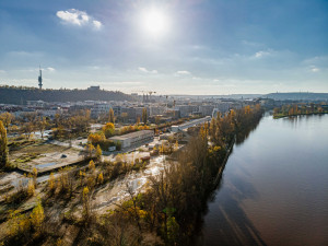 FOTO: Zanedbaný Rohanský ostrov se dočká revitalizace. Mezi Karlínem a Libní vznikne jeden z největších pražských parků
