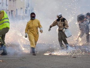 Silvestrovských požárů přibývá. Hasiči varují před používáním pyrotechniky