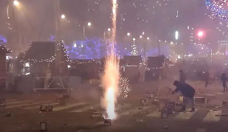 Stovky policistů budou v ulicích Prahy dohlížet na bezpečnost při novoročních oslavách