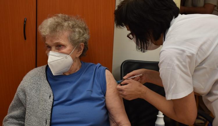 Ministerstvo zdravotnictví dnes představí rezervační systém k očkování proti koronaviru