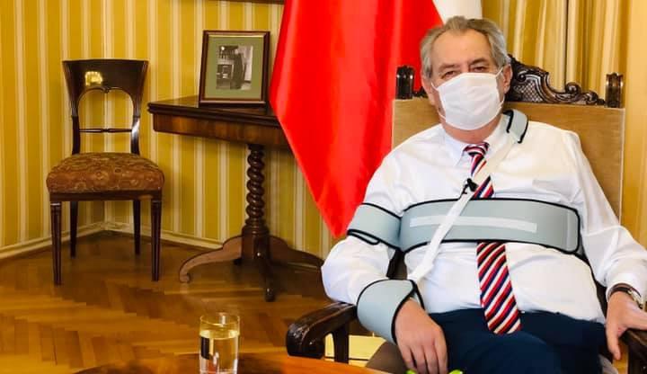 Miloš Zeman se dnes odpoledne nechal očkovat proti koronaviru