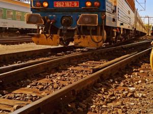 Vlak v Praze srazil člověka. Ten na místě zemřel