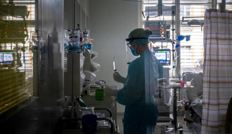 Do Thomayerovy nemocnice dorazil bamlanivimab. Lék proti koronaviru od firmy Eli Lilly
