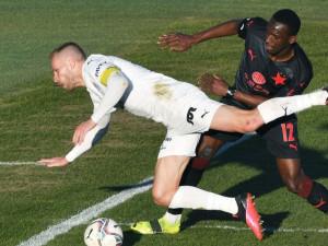 Slavia venku v lize zvítězila po předchozích dvou remízách. Sešívaní porazili Slovácko 3:2