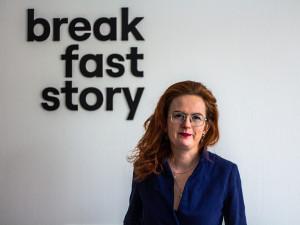 Nebaví mě chodit po vyšlapaných cestách, říká zakladatelka platformy Breakfaststory Lucie Hyblerová