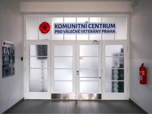 V Praze se otevřelo nové komunitní centrum pro válečné veterány. Kvůli koronaviru funguje zatím on-line