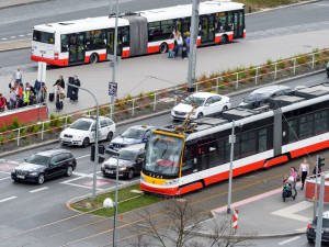 Mezi náměstími Míru a I. P. Pavlova nepojedou skoro měsíc tramvaje