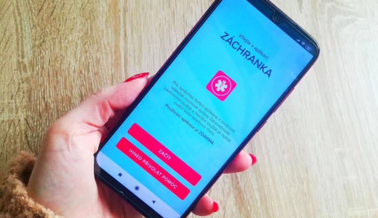 Aplikace Záchranka oslavila 5. narozeniny, začala jako bakalářská práce. Pomohla 64 tisícům lidí