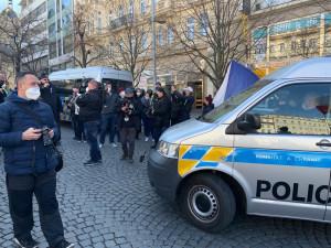 Pražští policisté zajistili 52 demonstrantů za přestupek a dva za spáchání trestného činu