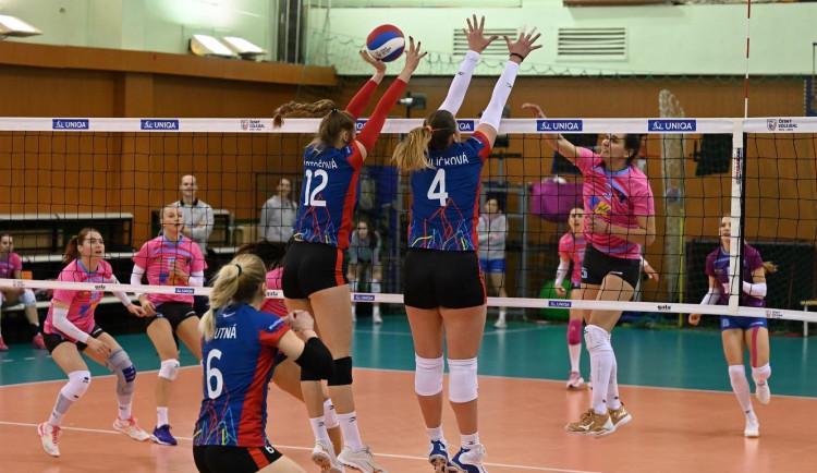 Ženská volejbalová extraliga končí, týmy mají příliš mnoho nakažených hráček